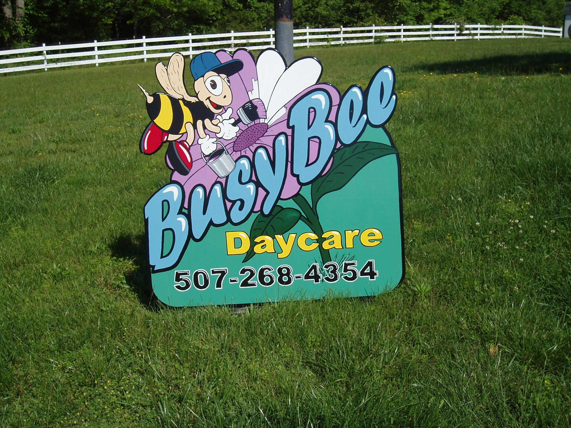 Hand Painted Signs_BusyBee Daycare minnesota.JPG