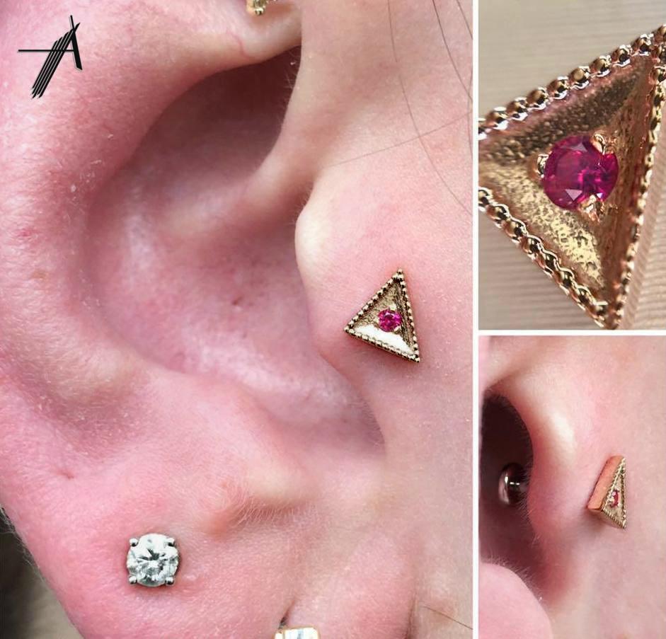 Product Photos — Advent Fine Jewelry & Body Piercing