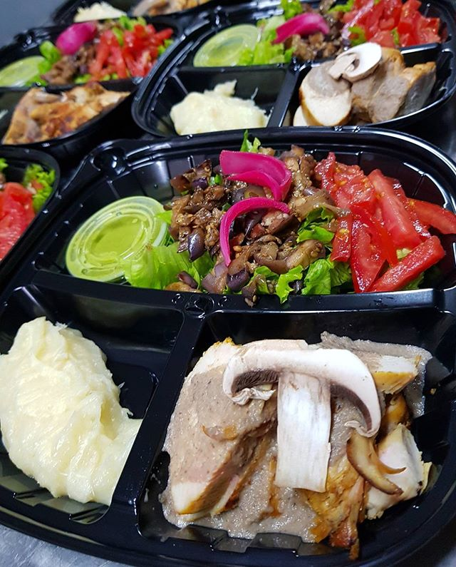 Nuestro #almuerzo #fit de hoy. #lunch #fitmeal #health #healthy #salud #menu #saludable #nutrition #nutricion #food #alimentacion #workout #nopainnogain #fitness #gymlife #stayyoung #bodybuilding #muscle #strong #gym #fitlife #healthylife #exercise #behealthy #weightloss #healthyfood #comidasaludable #barranquilla