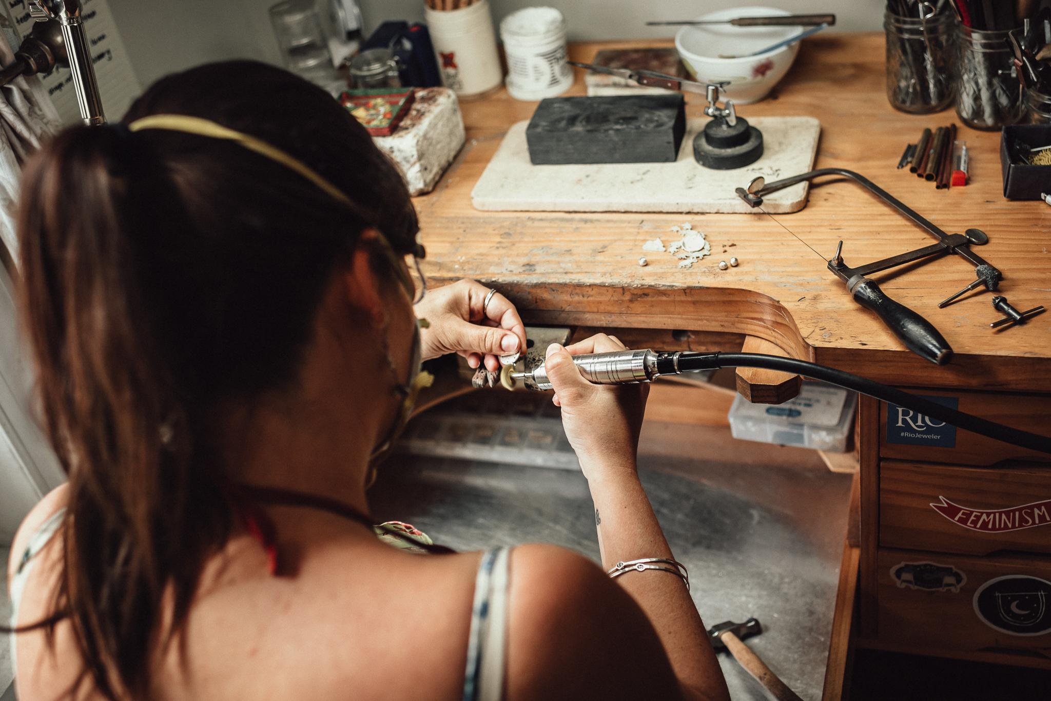 JewelryMakerArtistBehindTheScenes-9.jpg