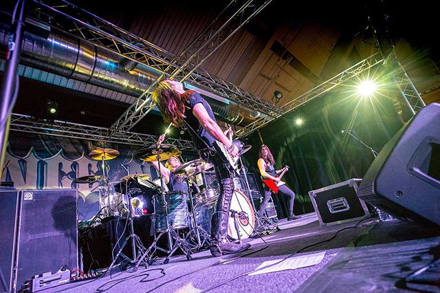Do you follow us on Facebook? RSVP to our events and share them with your friends! ⚡️ . Upcoming Dates: 5/11 Frazier Park 6/8 Tarzana 6/14 Costa Mesa 6/29 Montclair . 📷: @jimkrantzphoto #electrichound #highvoltage #shoottothrill #powertrio #hardrock #rocknroll #liveandraw #upto11 #canyonclub #vinceneil #motleycrue #rockband