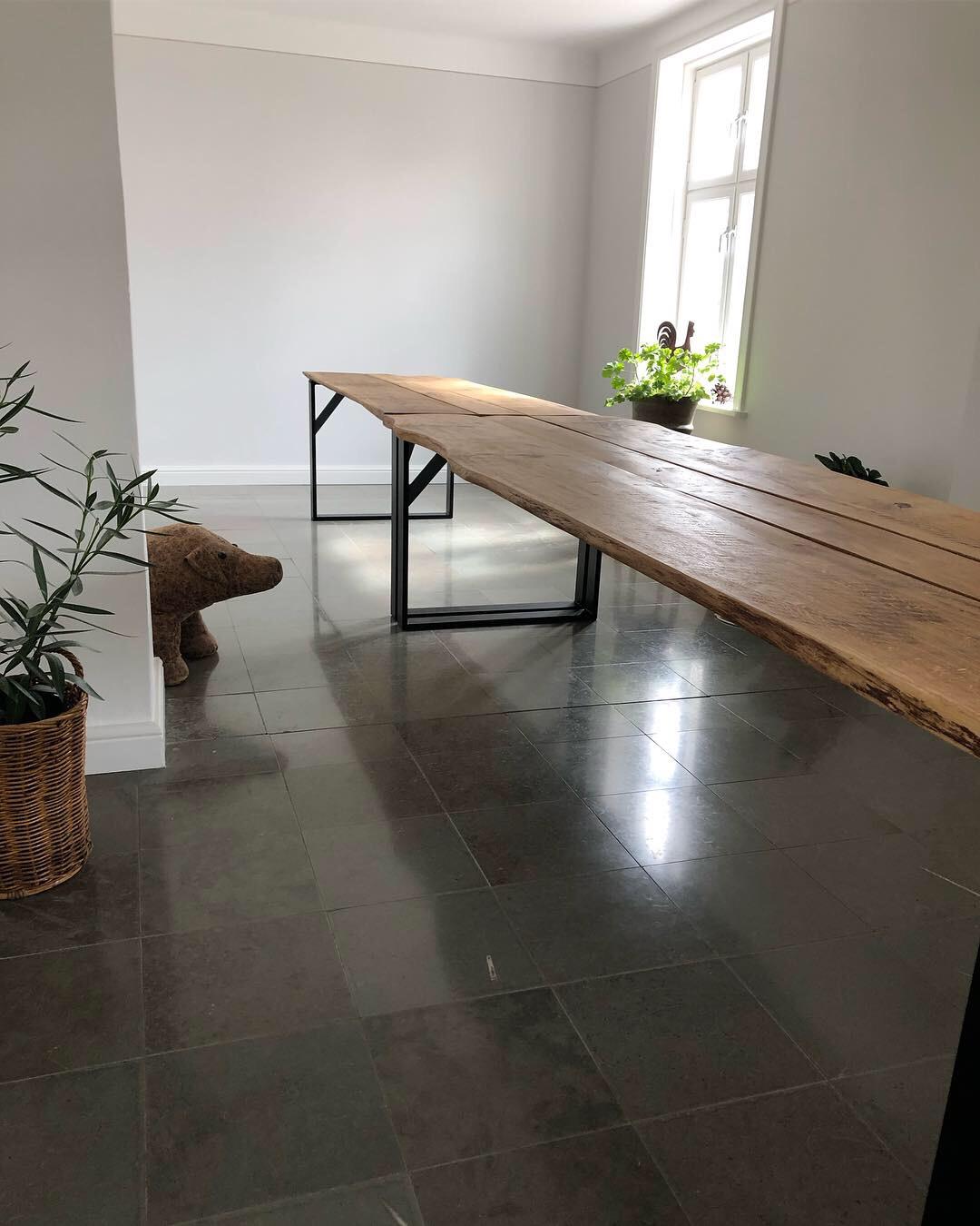 7 meter okantade ekbord med järnunderrede - Borensberg