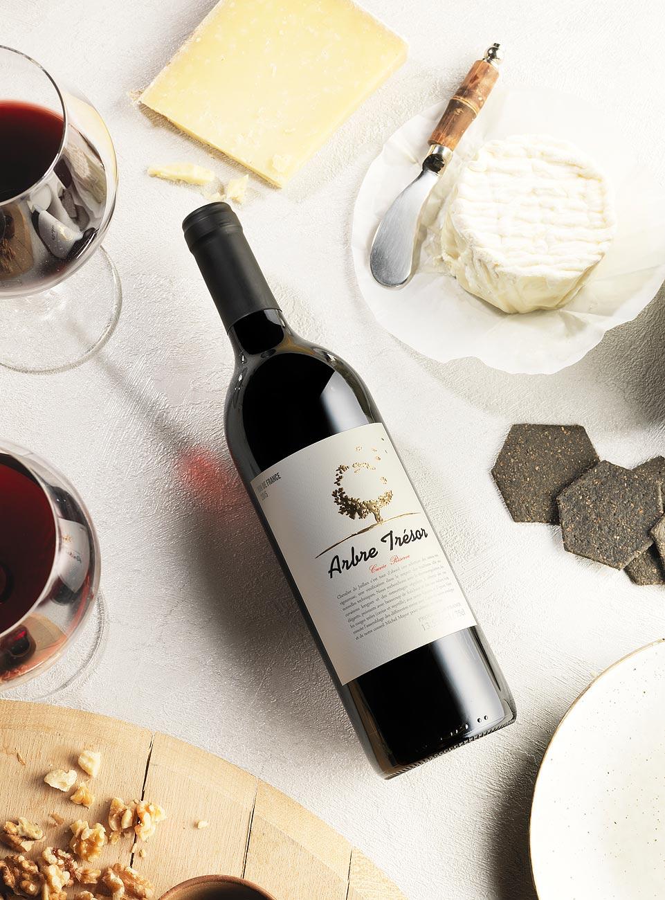 wine-label-studio-photography-1.jpg