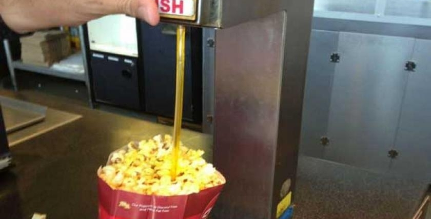 Buttery Fingers - I love movies and yes I love the popcorn, though I know that each bucket is likely decreasing my days on this planet. So on occasion I post my review of a movie I recently saw (on the big or small screen).