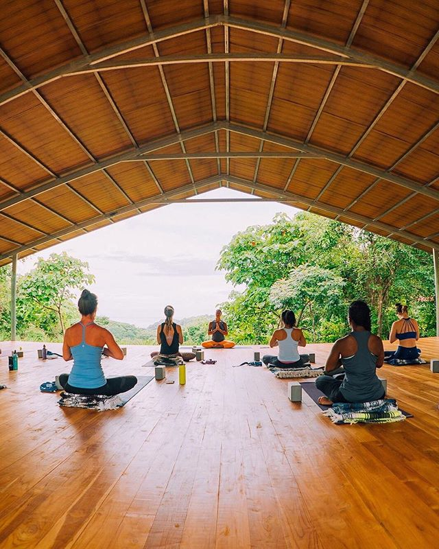 I'm leading handful of 200-hour YTTs this year but only one of them is in the jungle overlooking the ocean with @thenycyogini. Don't be silly... come along with us! . July 26 - Aug 11, 2019 - @lilaflowyoga 200-hr teacher training at @rayoscostarica. It's my favorite place to teach and exist! . Come deepen your yoga practice and become a yoga teacher in paradise. DM me with questions or visit: www.lilaflowyoga.com