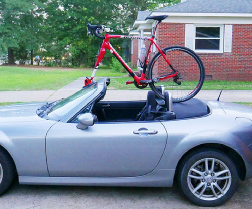 Kupper Mounts Can Be Mounted to the Front Windshielfd of a Convertible Sports Car.png
