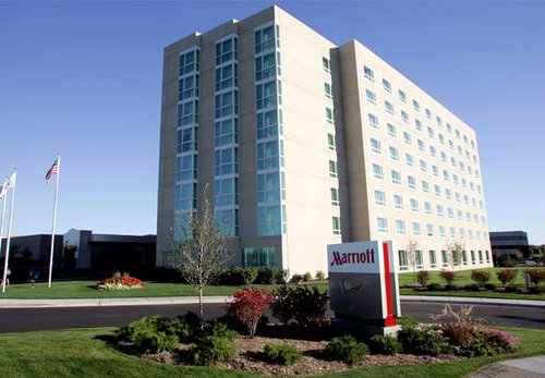 Hospitality Funding Arranges $20 Million Loan for the Acquisition of the Burr Ridge Marriott Hotel.jpg