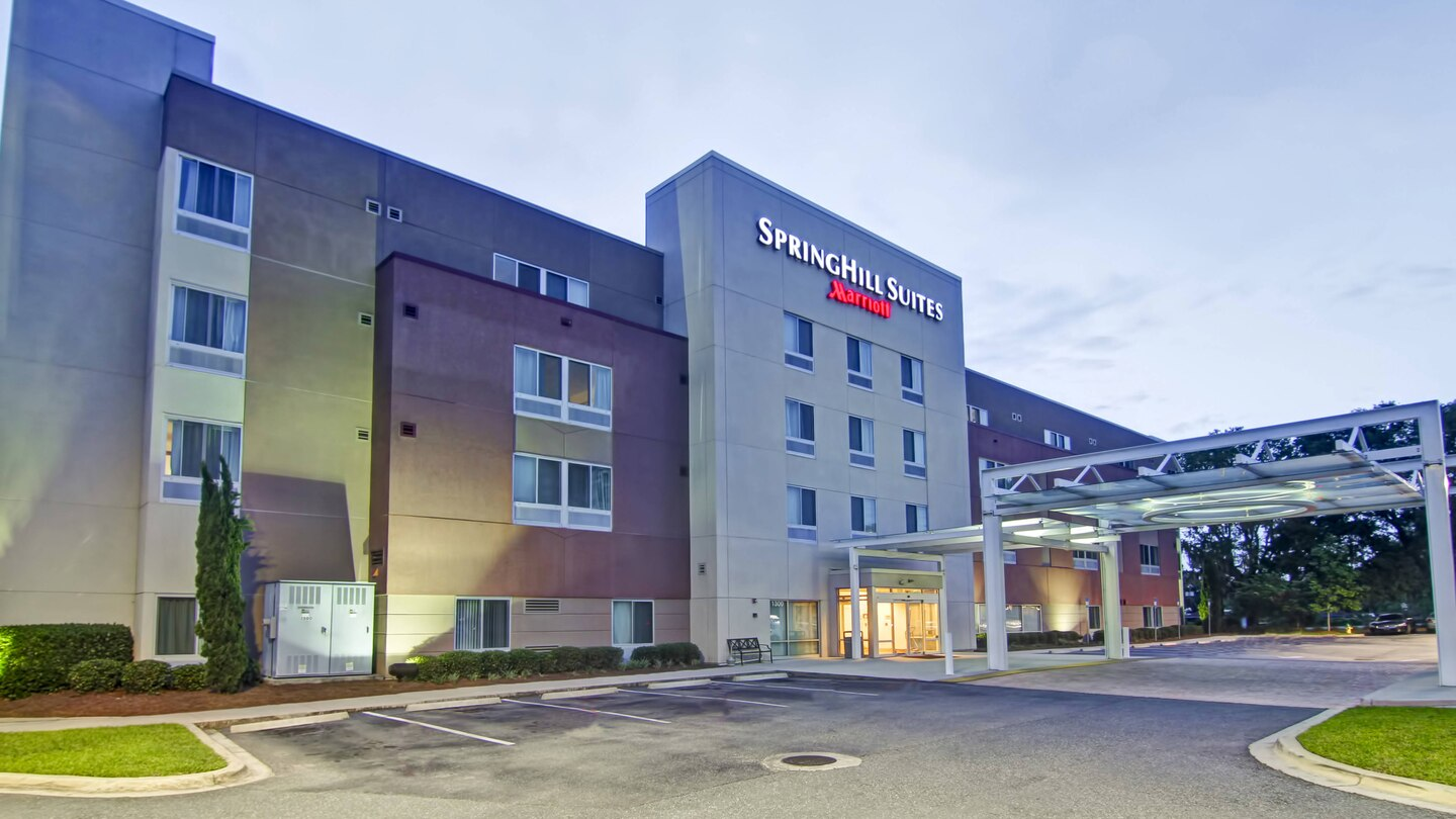 Hospitality Funding Advises Acquisition of Springhill Suites in Tallahassee, FL.jpg