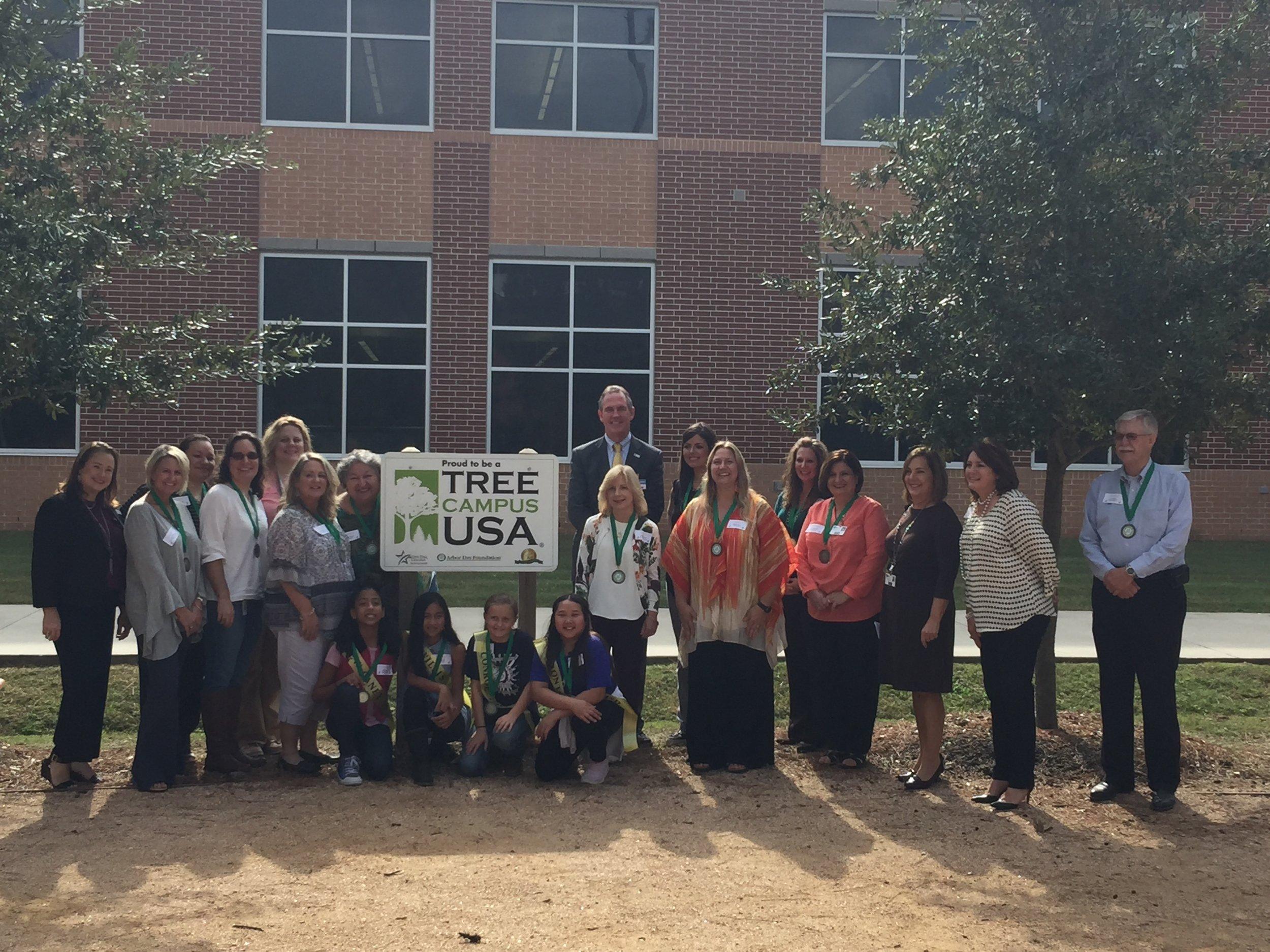 2017 Texas Arbor Day Ambassadors support LSC-M Tree Campus USA program
