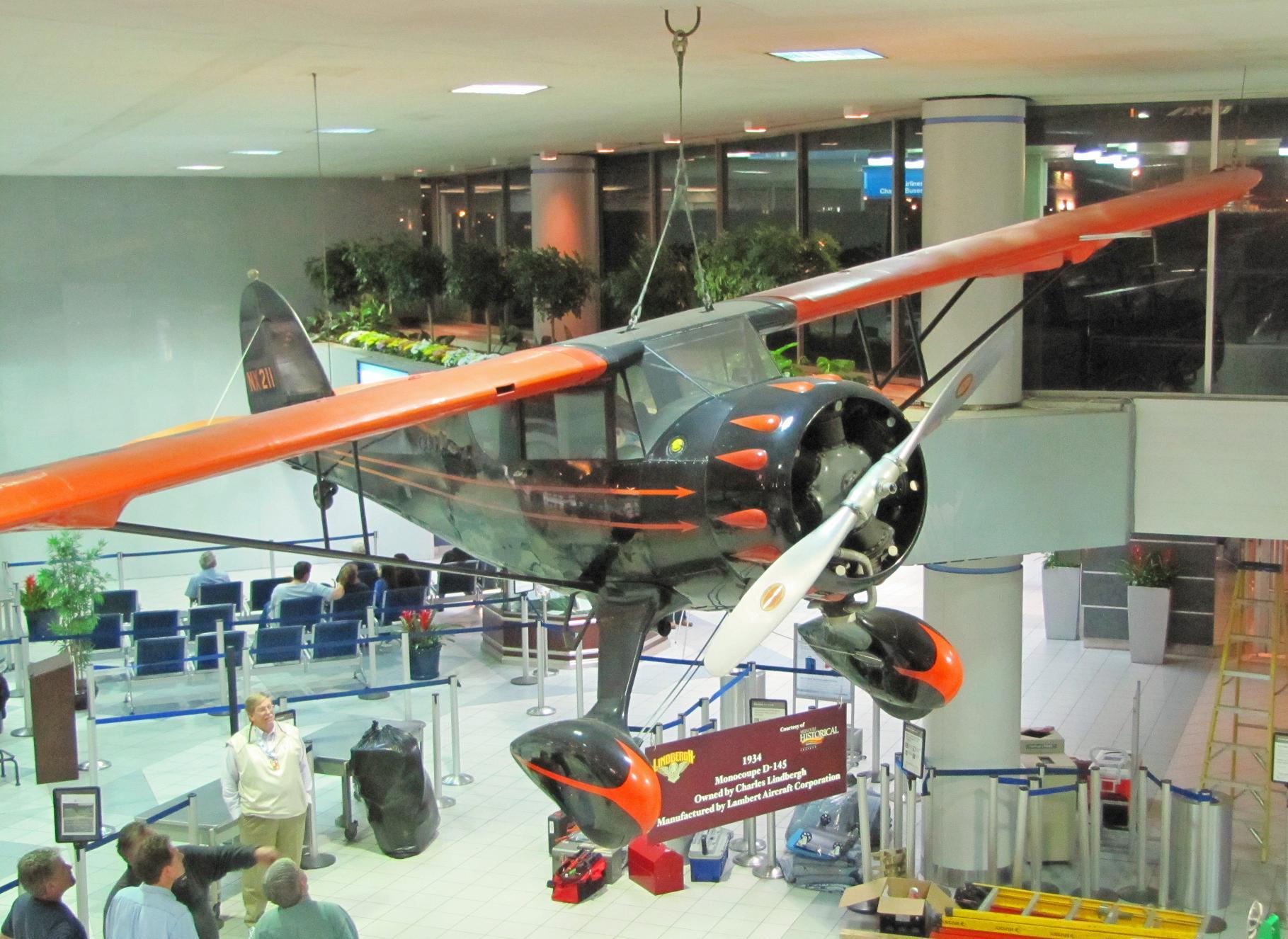 Charles Lindbergh Plane - Saint Louis.JPG