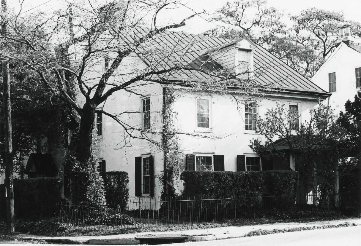 Hovenden House - 1969.JPG