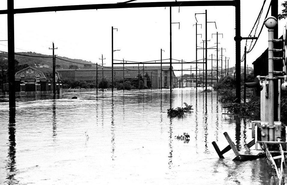 Hurricane Agnes - Ford and Kendig - 2.JPG