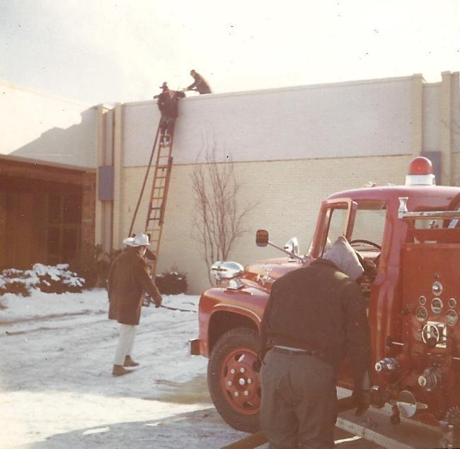 Plymouth Meeting Mall Fire - Part 4 - Fire Truck wiith 4 Fire Fighters - Photo 5.JPG