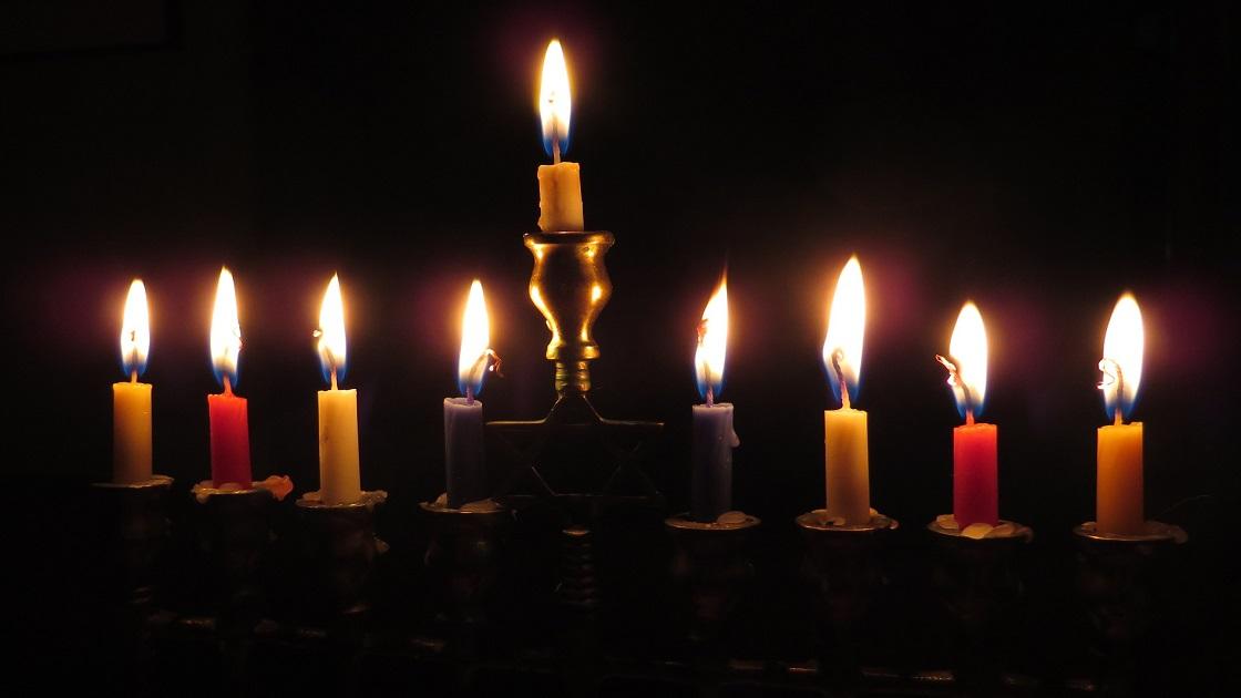 Glenside Local: Grand Menorah Lighting Chabad Lubavitch Jewish Center
