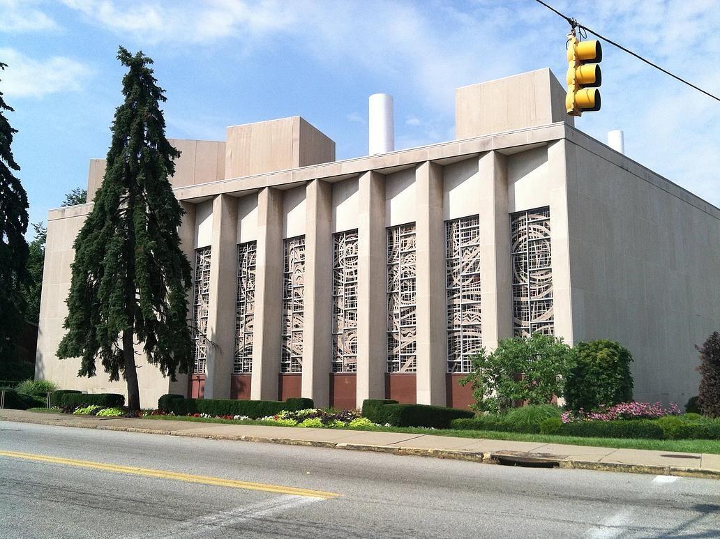 Pittsburgh Synagogue.jpg