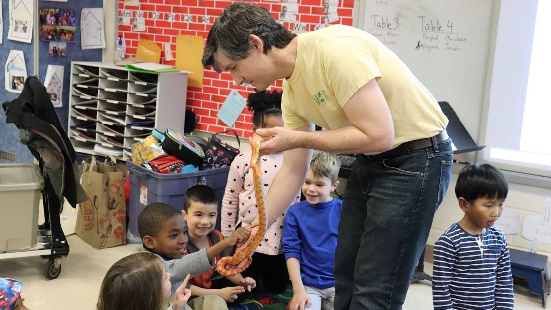 Glenside Local: Critters Visit Highland  Elementary School