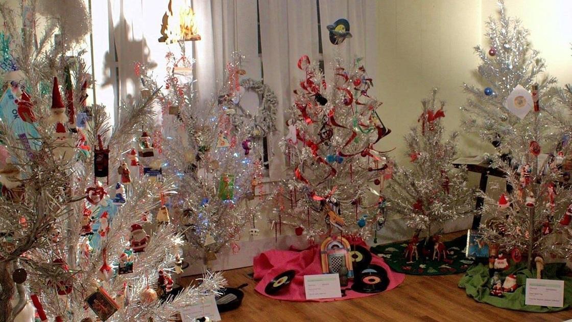 The Tookany Valley Chronicles: Aluminum Christmas Trees