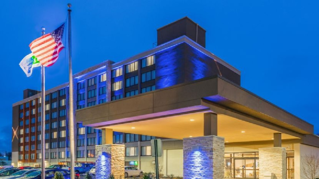 Glenside Local: Holiday Inn Express In Fort Washington Helped Jenkintown
