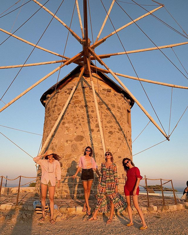 The Windmills Girls of Patmos 🏴‍☠️