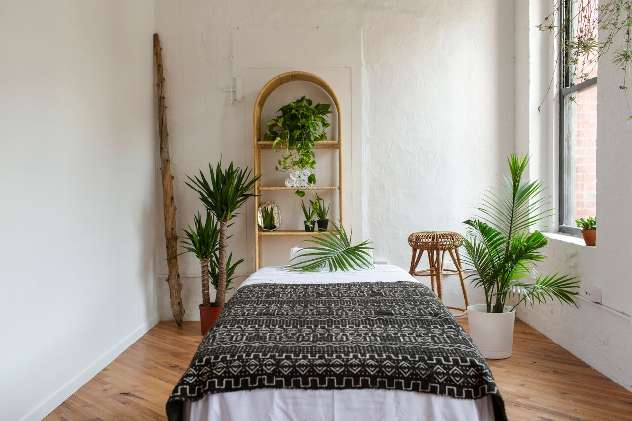 Massage Outpost in Dumbo, Photo by Elena Mudd