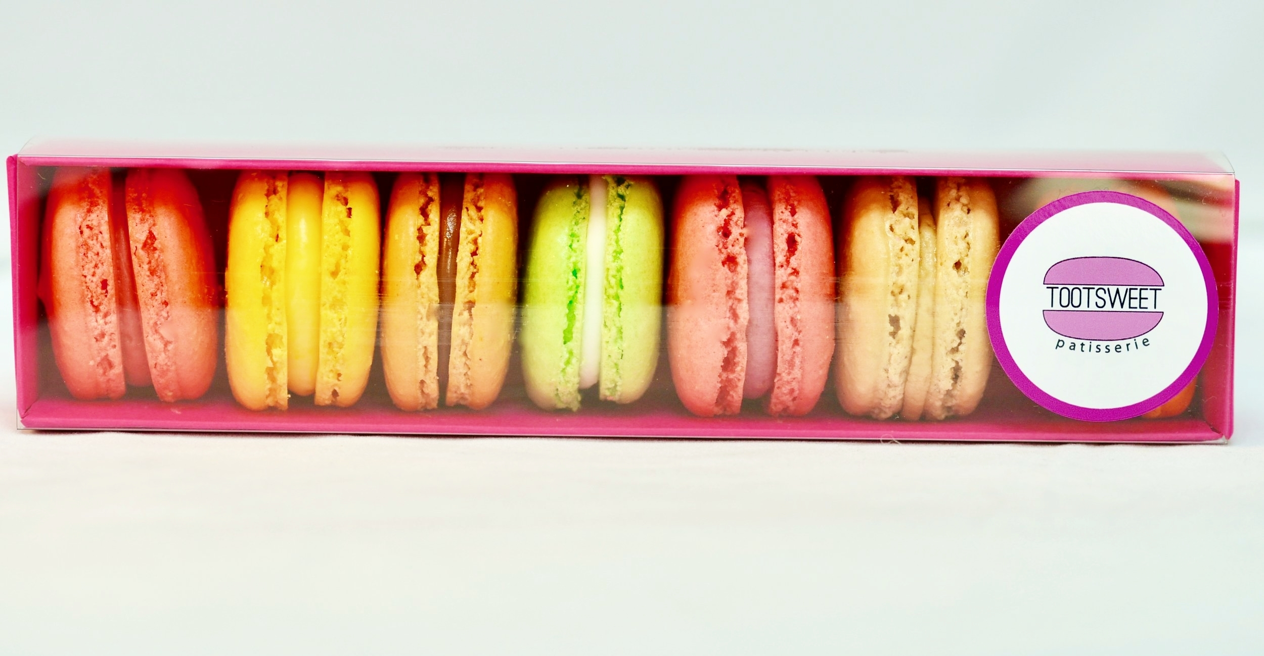 Mixed box of Macaron for £8
