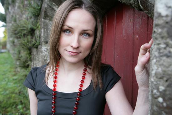 Julie Fowlis (Scottish Gaelic)