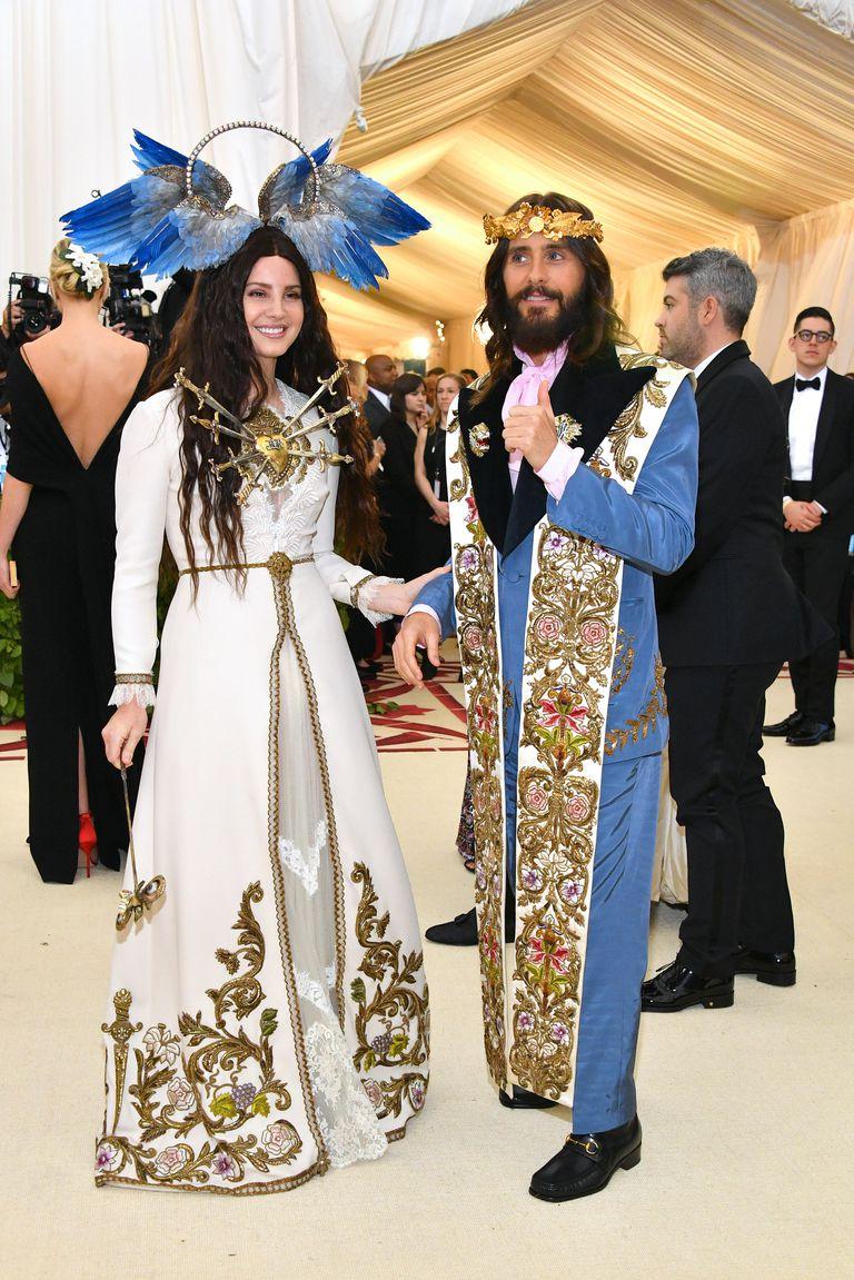 lana-del-rey-met-gala-1525738783.jpg