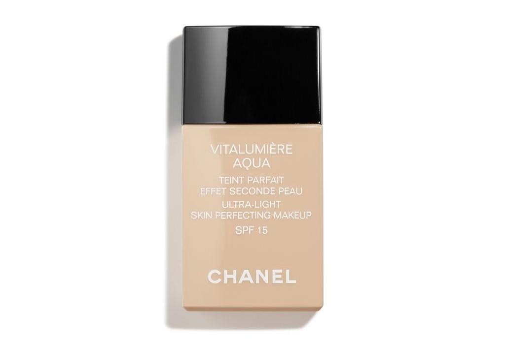 vitalumiere-aqua-ultra-light-skin-perfecting-makeup-spf-15-10-beige-30ml.3145891708608.jpg