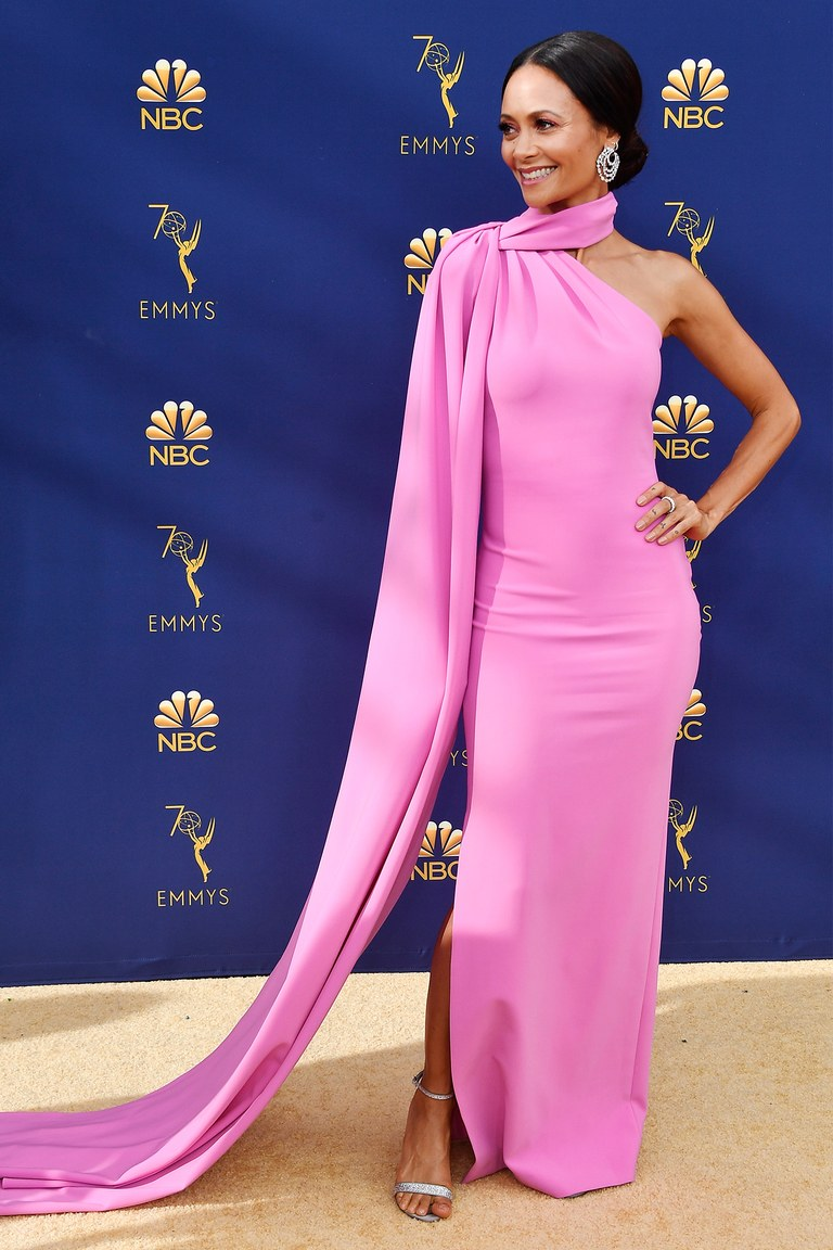 emmys-2018-red-carpet-all-the-looks-ss35.jpg
