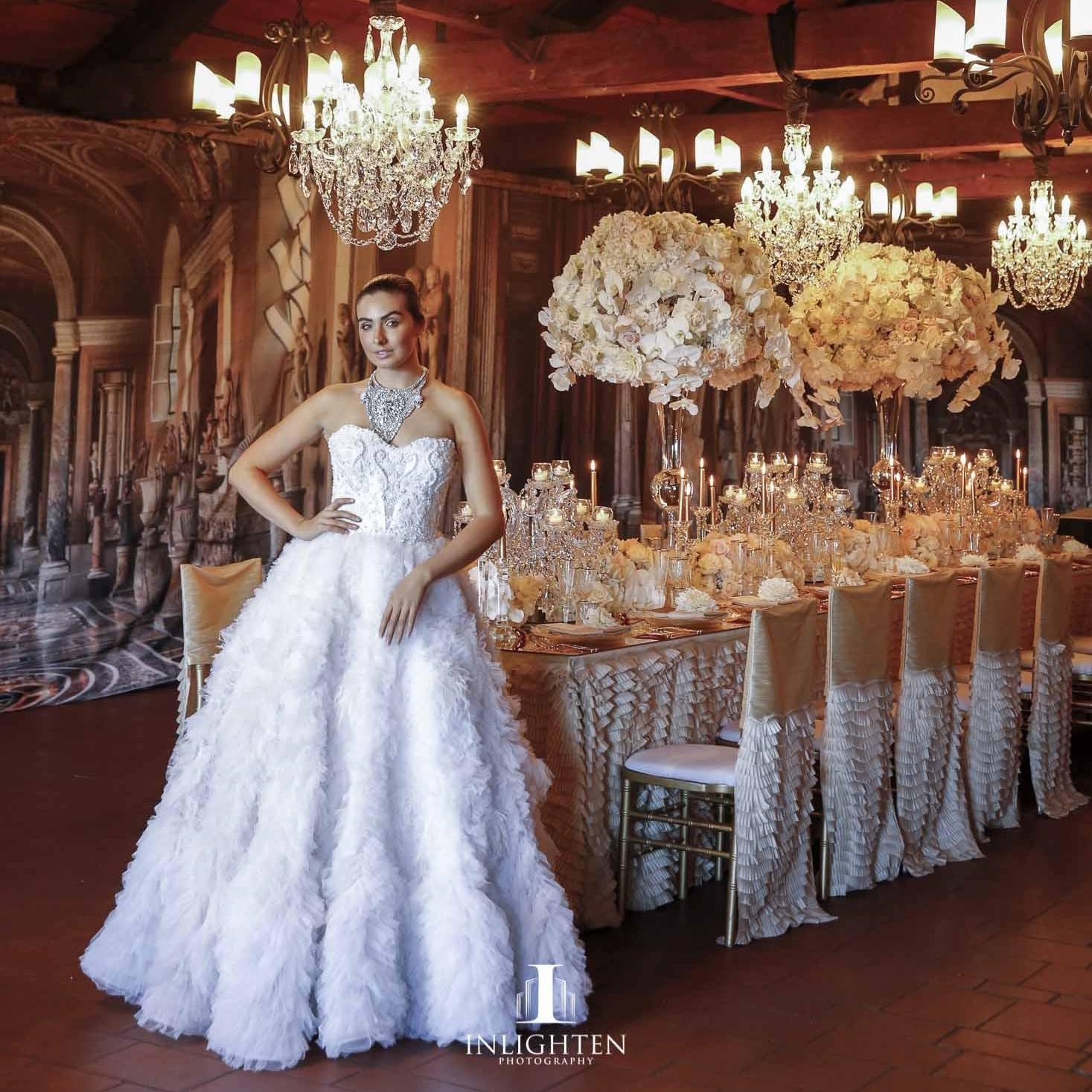 champagne_antoinette_hire_luxury_linen_gold_linen.jpg
