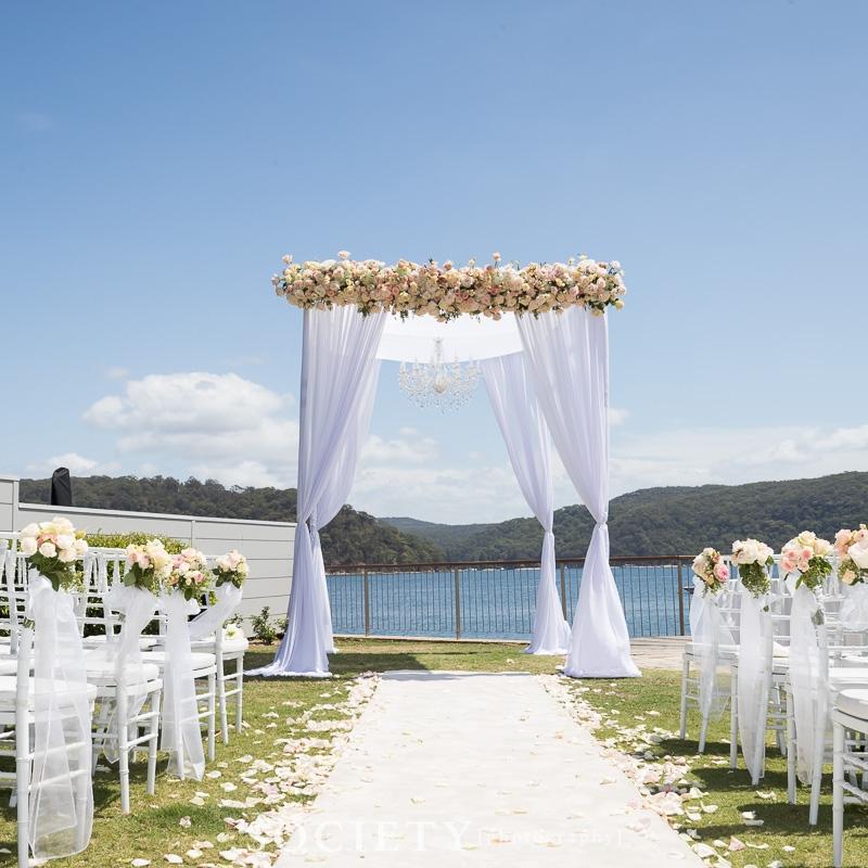 white_asile_runner_for_weddings_lucinda_party_palm_beach_weddings_outdoors.jpg