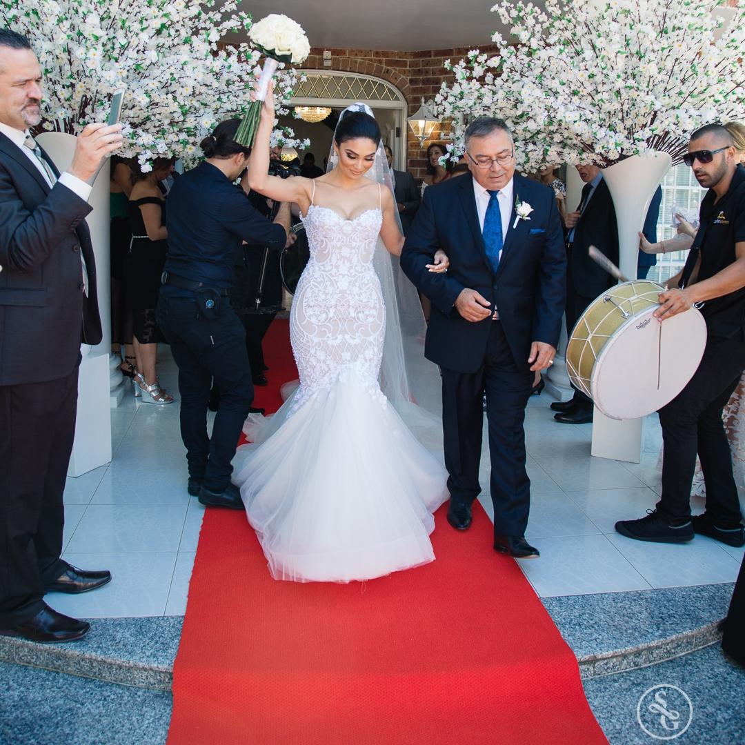 red_carpet_aisle_runner_decorating_bride_house_home_decorations_sydney_weddings.jpg