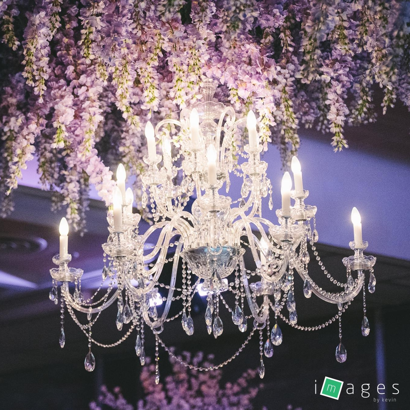floral_wreath_chandelier_above_crystal_chandelier_hire_sydney.jpg