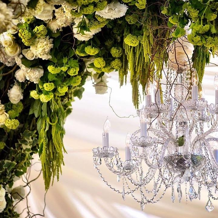 Front_photo_full_crystal_chandelier.jpg