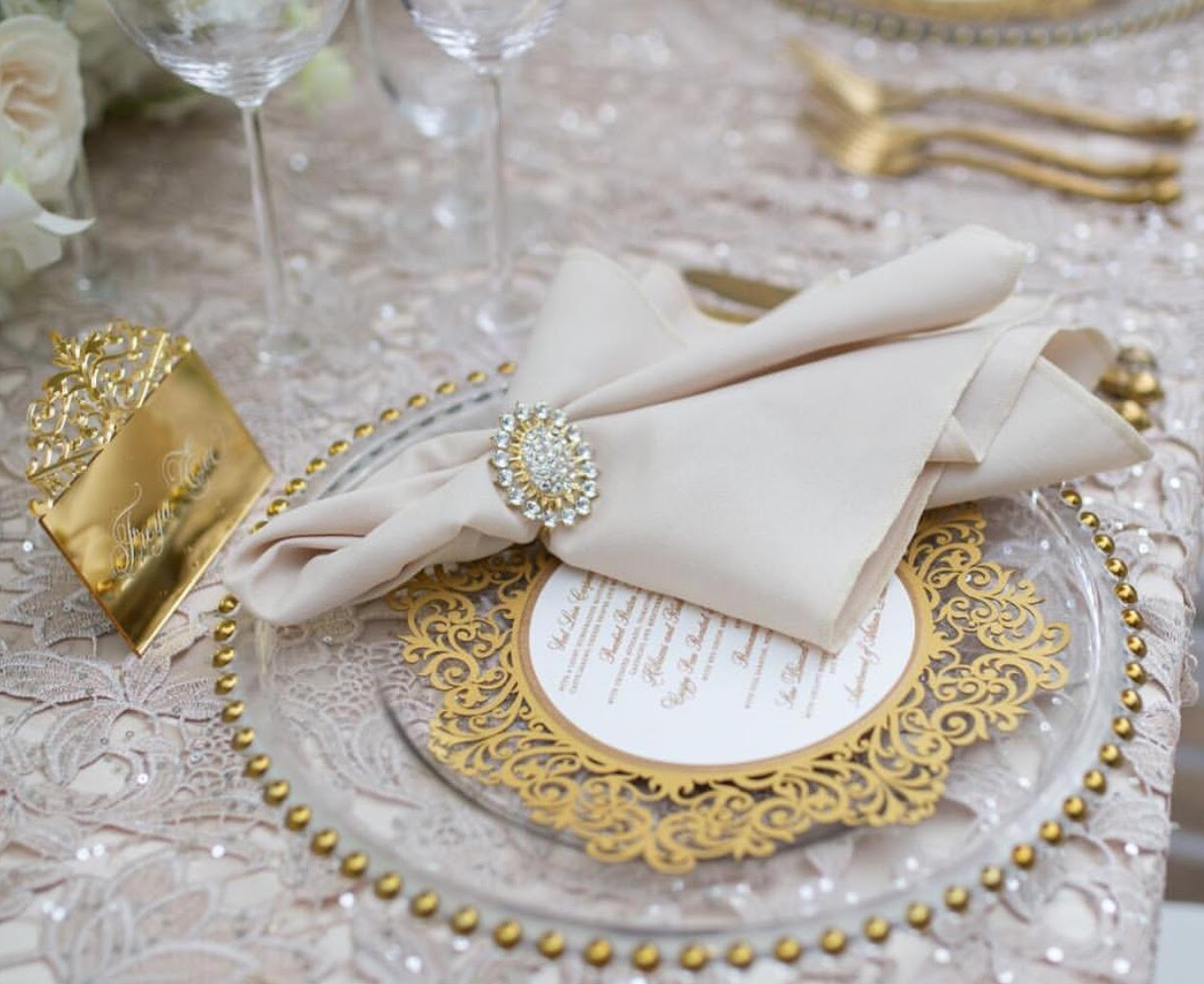 gold_crystal_napkin_ring_sydney_wedding_reception_decor_.png