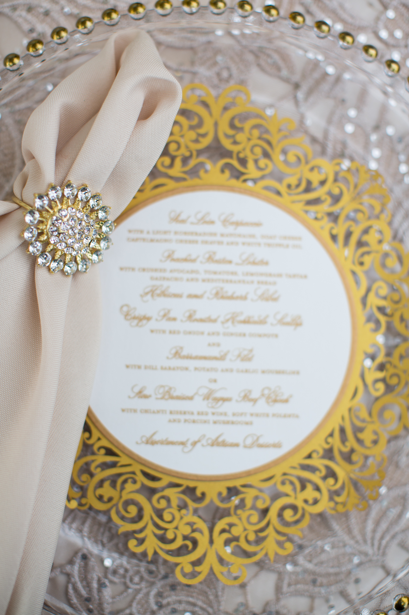 gold_crystal_napkin_ring_sydney_wedding_reception_styling.jpg