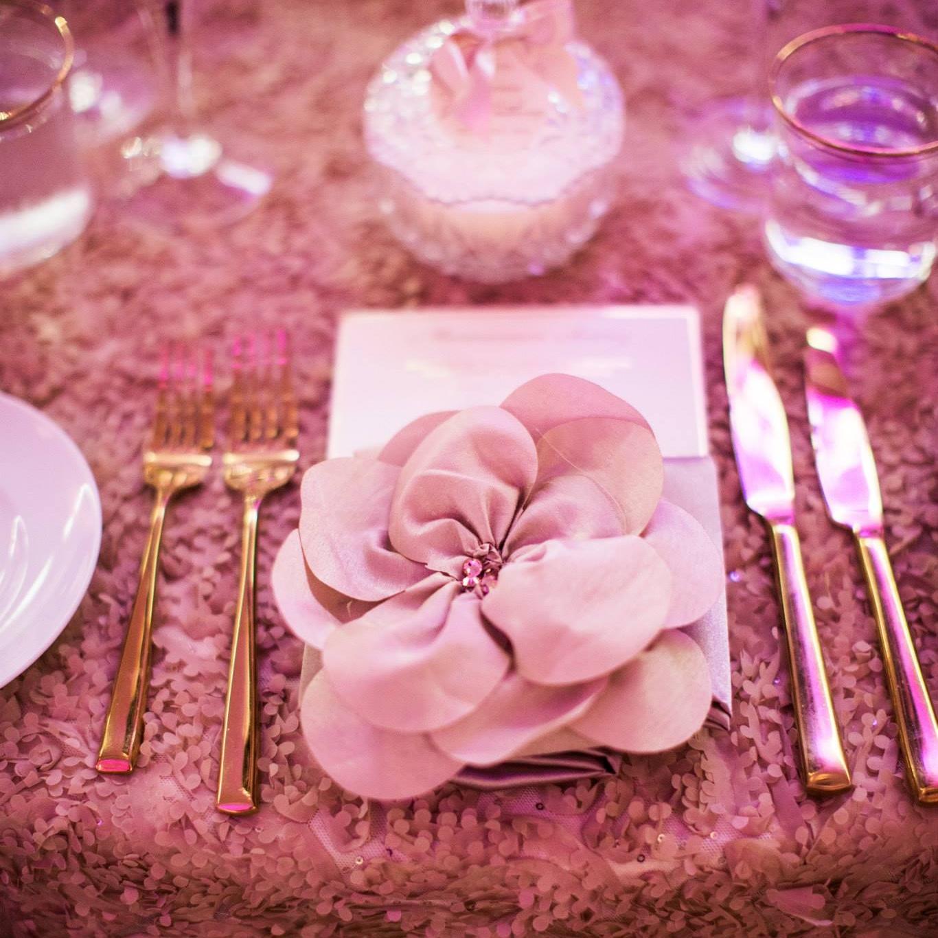 preston_bailey_floriette_napkin_band_luxury_linens.jpg