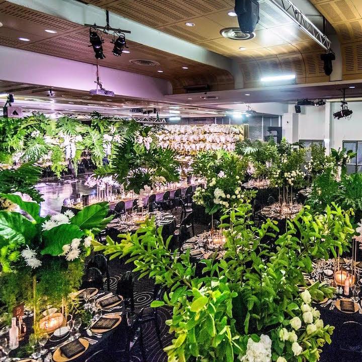 Waterview_luxury_black_gold_green_wedding_sydney.jpg
