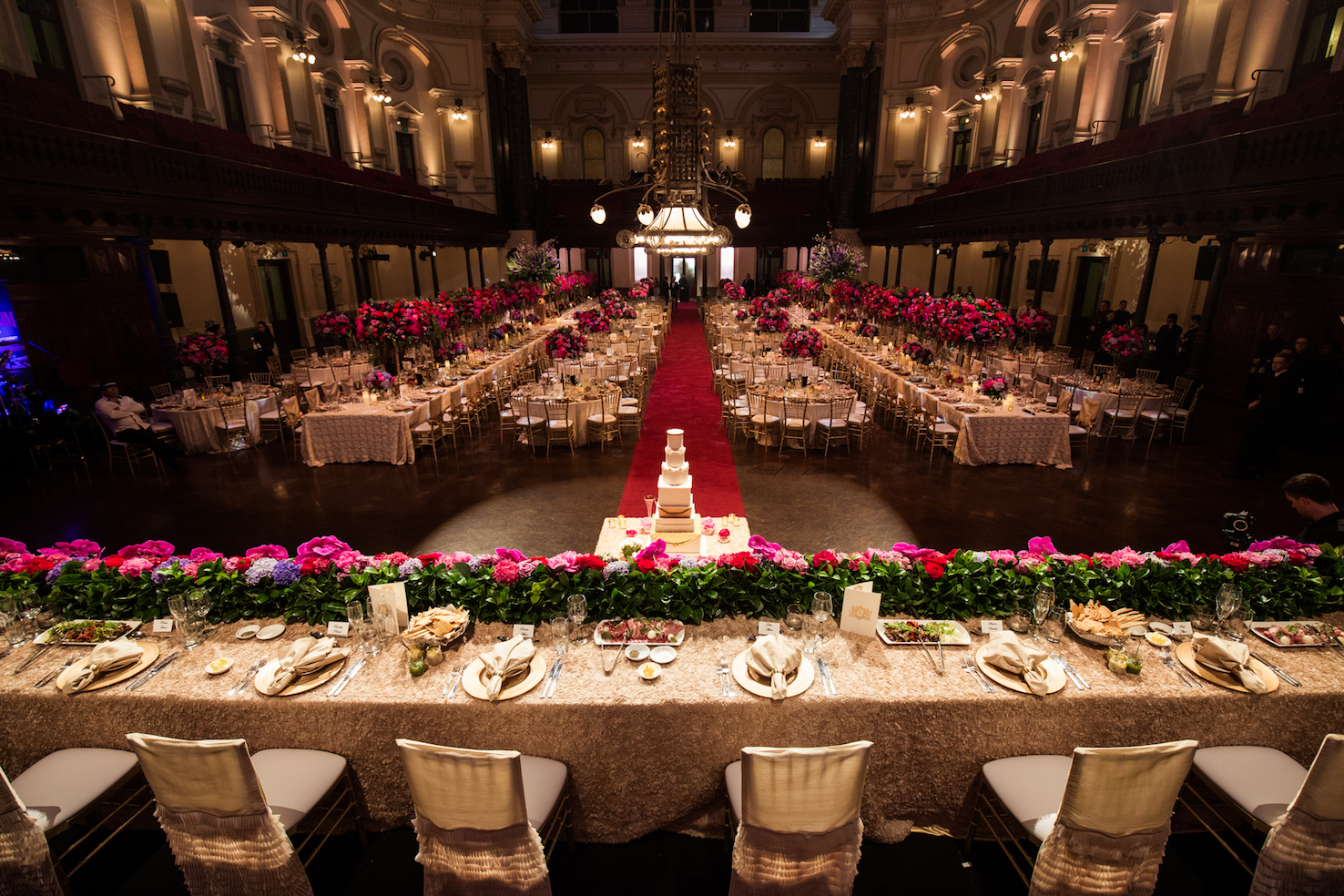sydney_town_hall_luxury_wedding_bridal_table_centrepieces.jpg