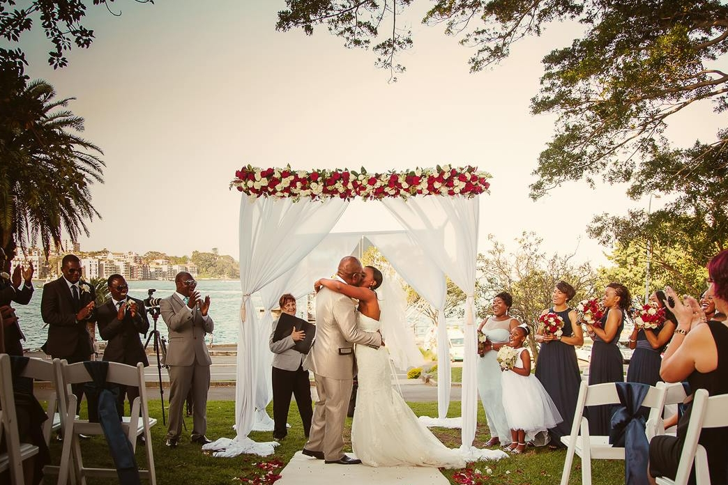 white_aisle_runner_hire_sydney_dawes_point_park_weddings_the_rocks_sydneyjpg.jpg