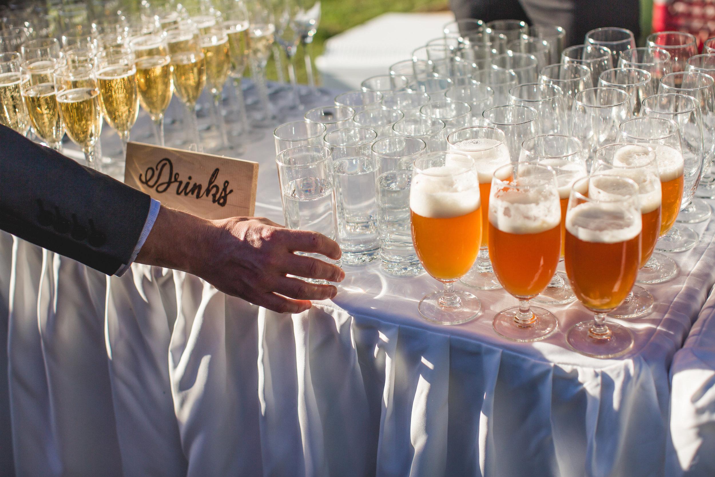 champagne_service_wedding_ceremony_7.jpg