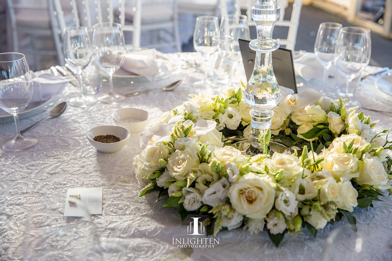 Opera_house_marquee_white_wedding_luxury_linen_fresh_floral_wreath_centrepiece.jpg