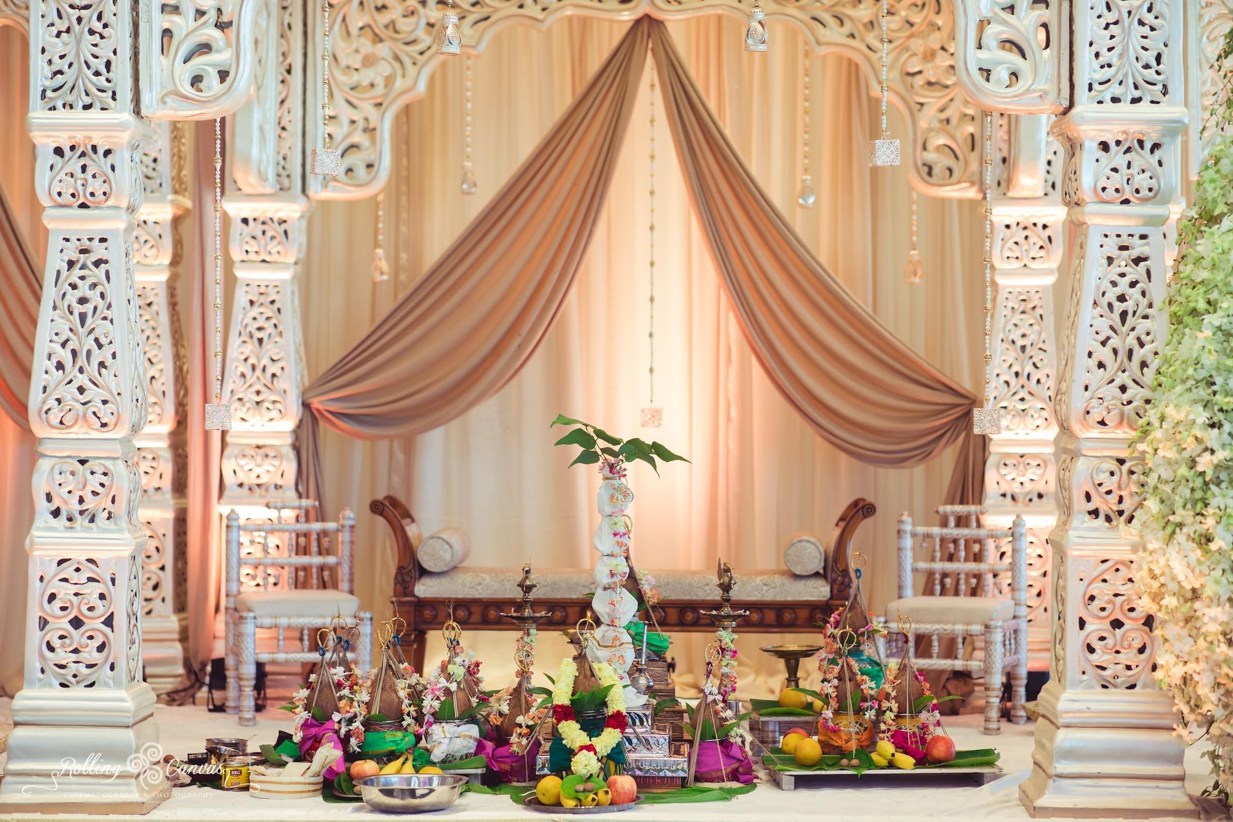 Wedding_Photography_Sydney_Rolling_Canvas_Presentation_Hindu_Ceremony_Mandap_Hyatt_Regency_Floral_Design-57067.jpg