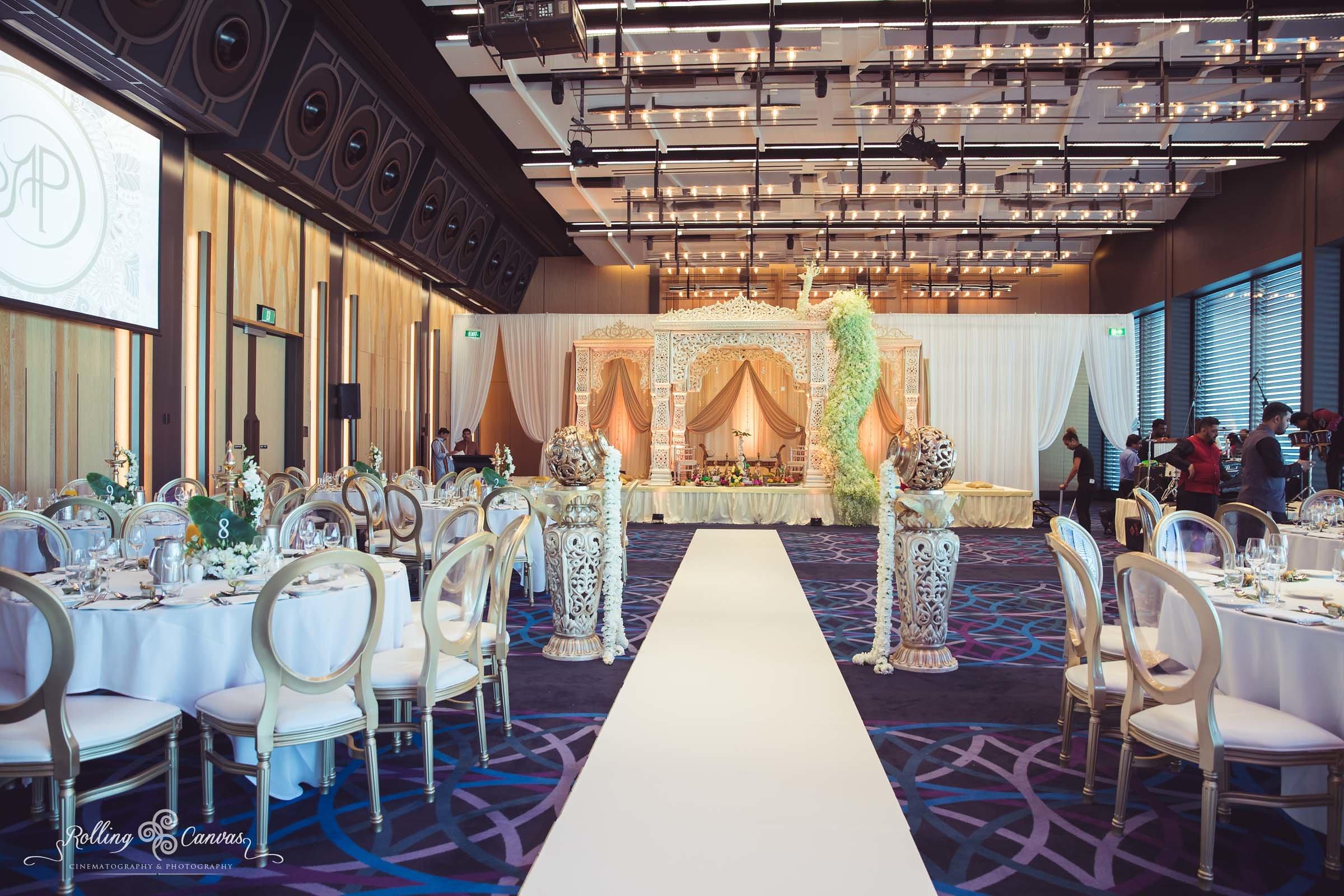 Wedding_Photography_Sydney_Rolling_Canvas_Presentation_Hindu_Ceremony_Mandap_Hyatt_Regency_Floral_Design-57068.jpg