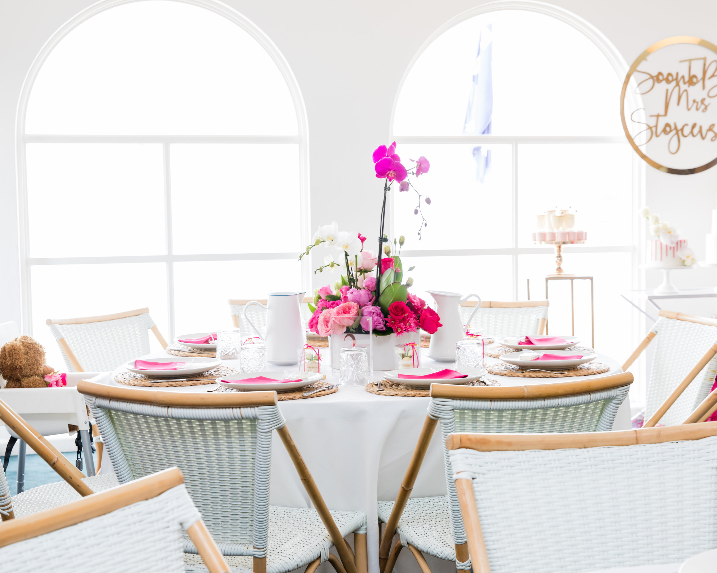 kitchen_tea_styling_white_pink_styling_floral_centrepiece_blue_room_bondi_events_by_nadia_2.jpg