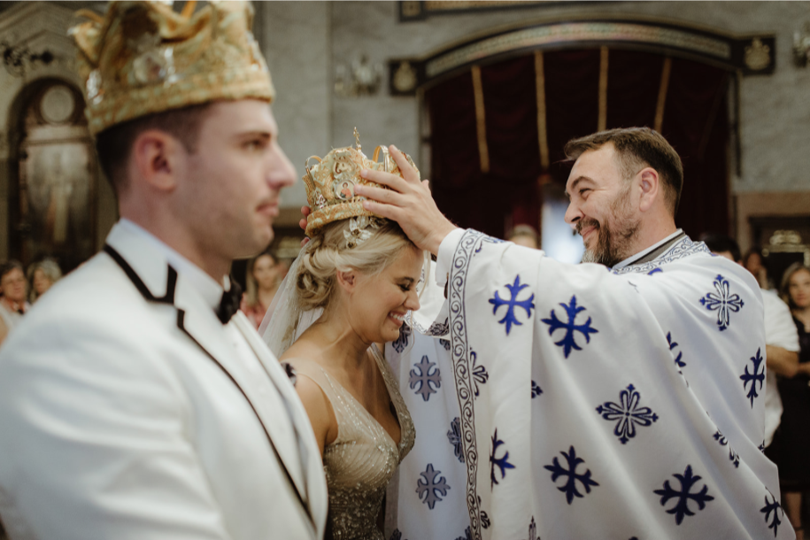 bride_groom_serbia_ceremony_church.png