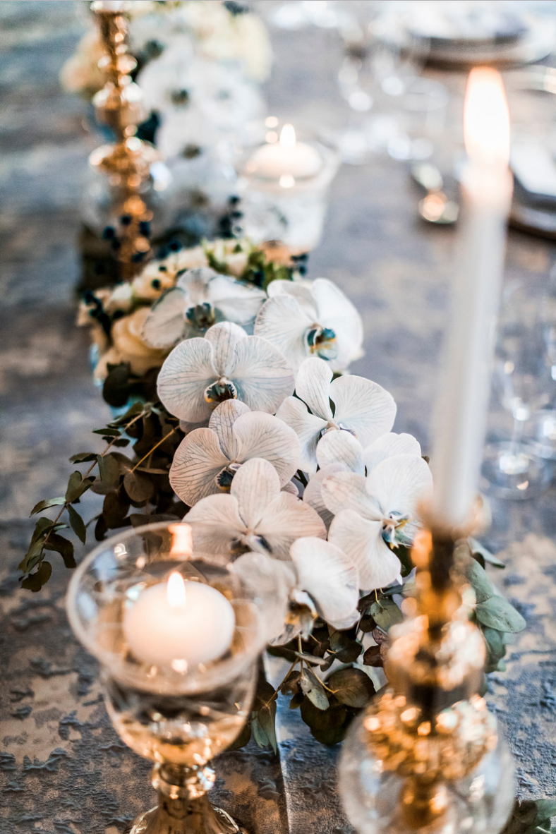 slate_plaster_luxury_linen_wedding_decor_sydney_tablecloth_blue_gold_theme_orchads_inlighten_photography .png