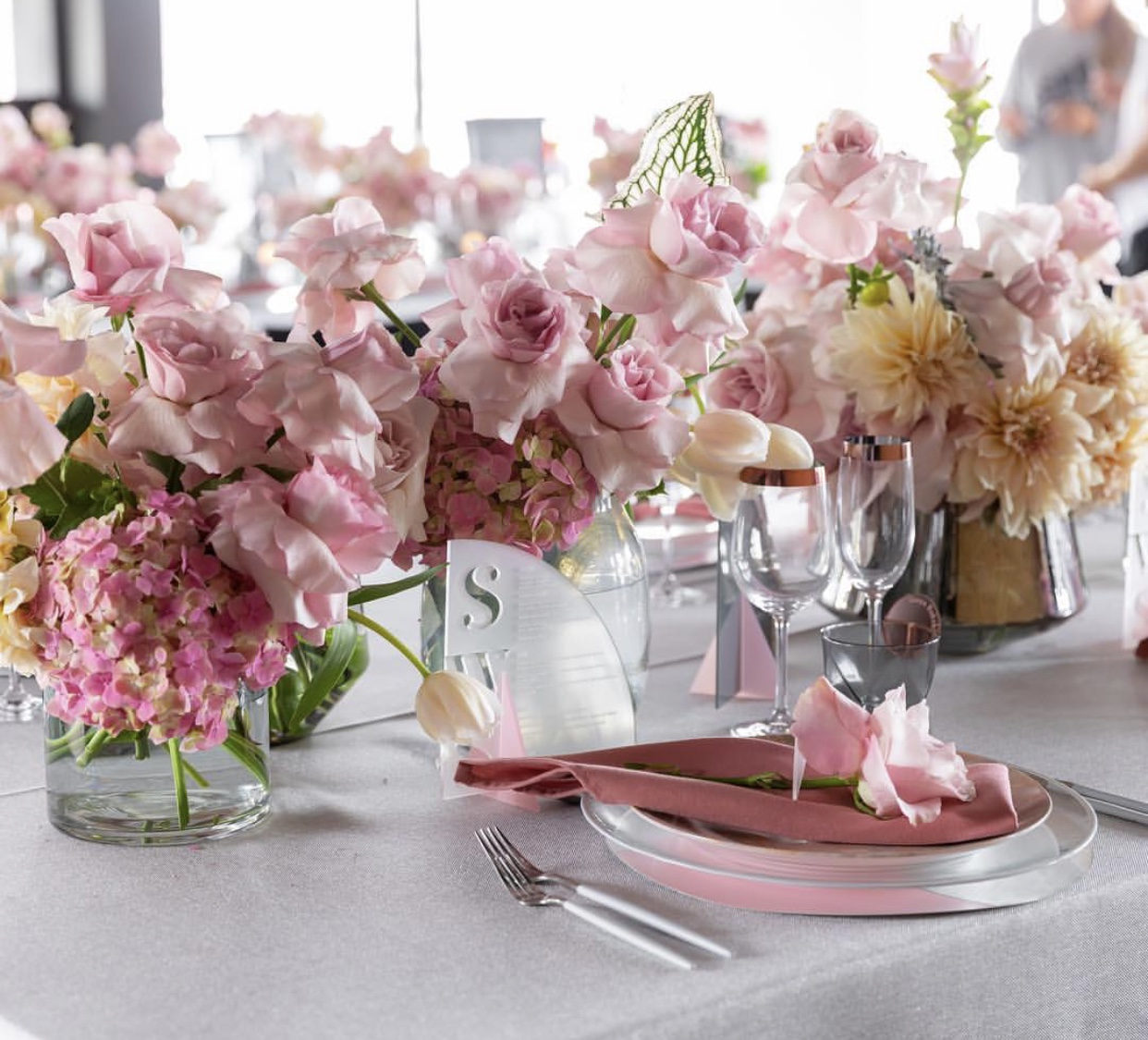 Hire_luxury_linen_sydney_wedding_silver_western_pink_florals_silver_cutlery.jpg