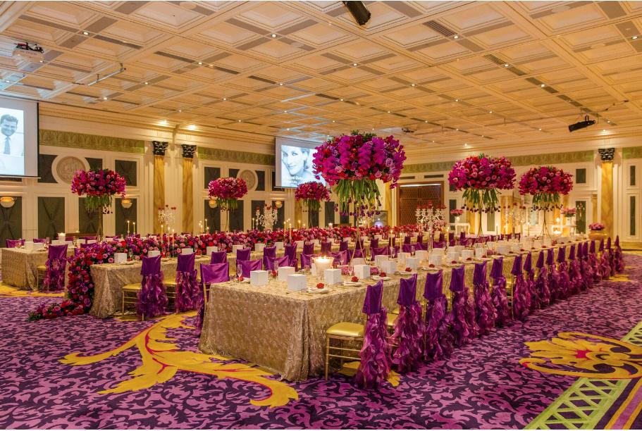 Hire_gold_emma_luxury_linen_sydney_wedding_decor_king _tables_purple_gold.png