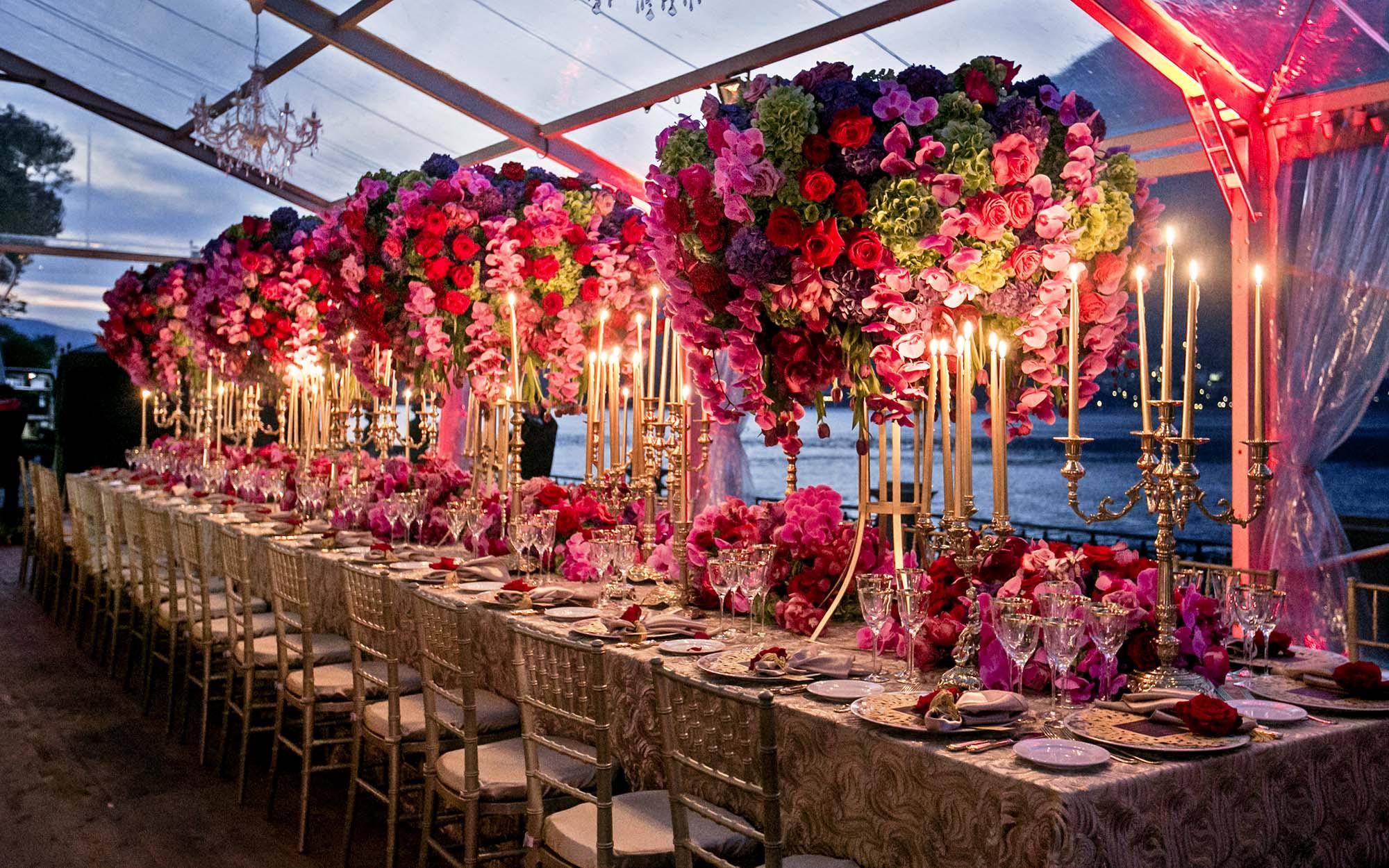 Lake Como_ Gold_Emma_luxury_linen_centrepeice_gold_candleabra_flowers.jpg